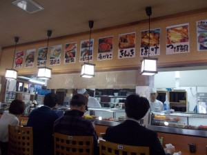 札幌市場外市場 海鮮丼があまりにもおいしそうだったので写真を撮るのを忘れレしまいました